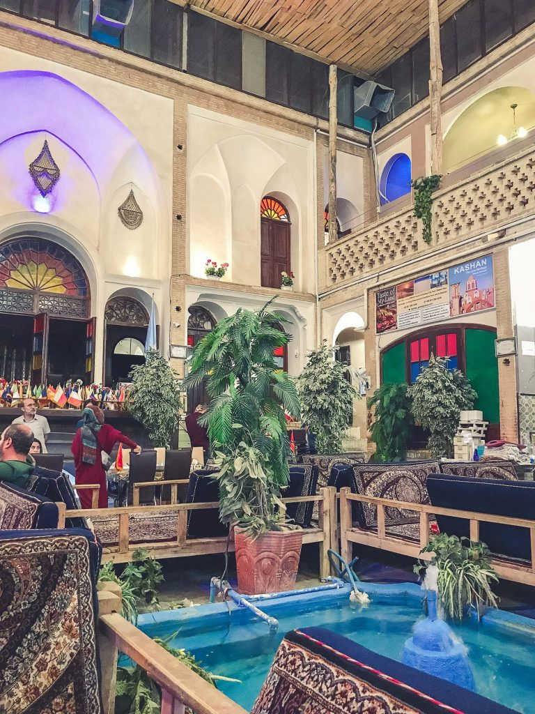 Abbasi Traditional Persian Restaurant i Kashan, Iran.
